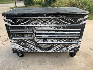 Snap On Snapon Snap on Kra2422 Cabinet With Skull Wrap Around The Box