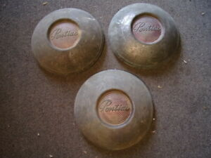 Vintage Original 1949 1950 Pontiac Cheiftain Hubcaps Set Of Three Poverty Caps