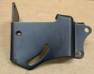 1971 1973 Ford Mustang Ac Air Conditioning Compressor Lateral Mount Bracket