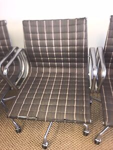 Herman Miller Eames Group Management Chair Fabric Vintage