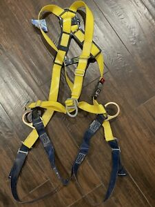 Full Body Safety Harness Xl Mint Condition Climbing Rock Tree Fall Protection