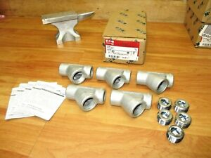 Eaton Eys2 box Of 5 new Crouse Hinds 3 4 Vertical Female Conduit Fitting