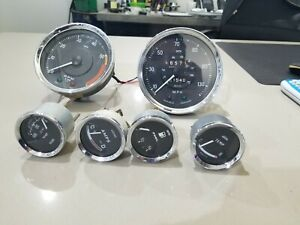 Tr6 Gauge Set With Electronic Tach