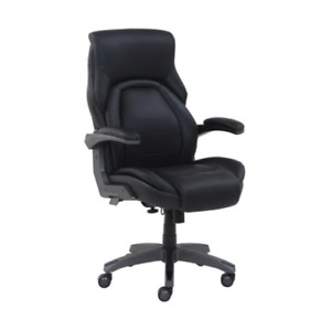 La z boy Comfortcore Managers Chair With Ergonomic Flip Up Arms Used