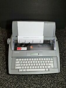 Brother Sx 4000 Lcd Digital Display Portable Electronic Typewriter