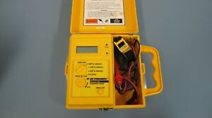 B k Precision Model 308 Insulation Tester Megohmmeter Up To 1 000 Volts