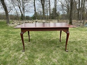 Windsor Chairmakers Tavern Table