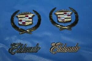95 01 Cadillac 96 97 98 99 00 Eldorado Roof Crest Wreath Emblem Used Gold Chrome