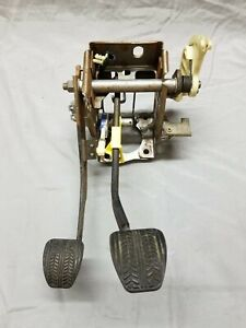 1994 1995 Ford Mustang Gt Cobra Clutch Brake Pedal Assembly