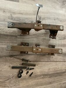 1966 1967 1968 Ford Galaxie Xlt 390 428 Front Bench Seat Mounting Brackets Xl