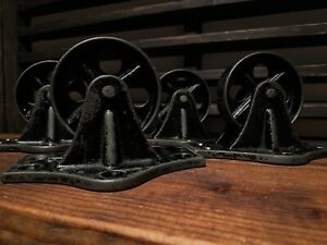 Set Of Four Early 1900 s Industrial Cast Iron Stationary 2 3 4 Caster Wheels