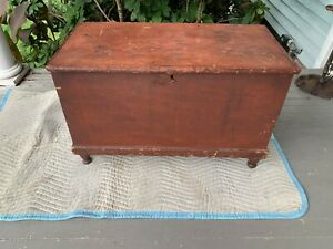 Antique Dovetailed Pine Red Painted Blanket Chest Easton Pennsylvania C 1825