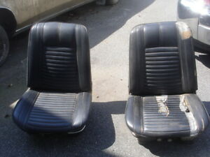 1966 Pontiac Buick Chevy Olds B Body Bucket Seats Pair With Power Driver Seat Gm