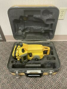 Topcon Gts 235w Surveying Total Station Battery And Hard Carrying Case