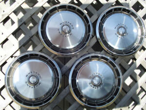 Antique Vintage Classic 1971 73 Ford Mustang Hubcaps Center Caps Wheel Covers