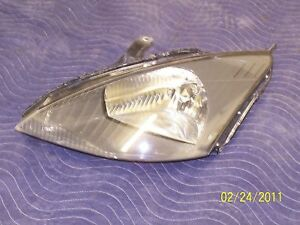 2003 2004 Ford Focus Left Headlamp Without Svt