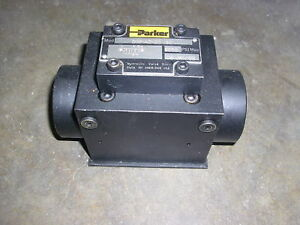 Parker Hydraulic Valve D3p1a2n20 New In Box