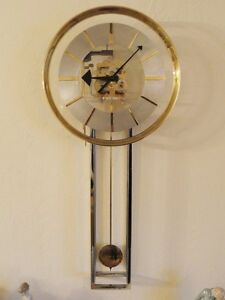 Rare 70 S Howard Miller Lucite Chrome Gilt Bezel Pendulum Chime Wall Clock