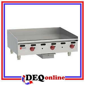 Wolf Agm36 Manual Control Heavy duty Gas Griddle 36 X 24 Natural Or Lp