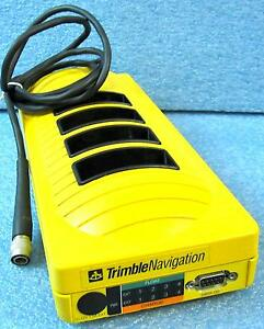 Trimble 20669 10 Battery Charger 4 slot For Pathfinder Tdc1 Gps