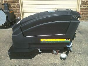Reconditioned Nss Wrangler 3330 Automatic Floor Scrubber 33 inch