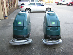 1pc Reconditioned Nobles Ss5 Floor Scrubber 32 Under 600 Hours
