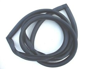 55 56 1955 1956 Ford Mainline Back Glass Rubber Seal 64 New