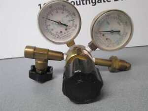 Airco 054 11022 4000 psi 054 40032 30 psi Rare And Specialty Gasses Gauge