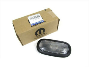 07 08 Jeep Wrangler Interior Overhead Dome Light Lamp Oem New Mopar 1ge93xdvad