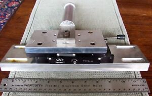 Newport 443 Series Precision Linear Translation Stage Positioner Made In The Usa