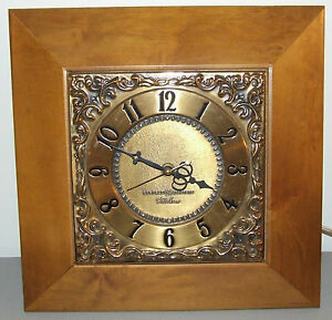 Vintage Mid Century Ge Telechron Maple Wood Wall Clock With Ornate Brass Dial