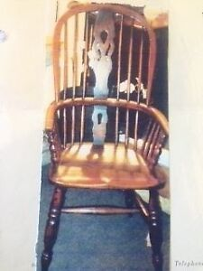 Antique English Windsor Chair Set Of 6