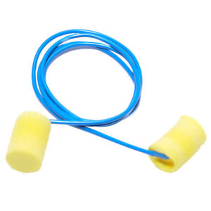 E A R Disposable Yellow Foam Ear Plugs With Cord 200 bx