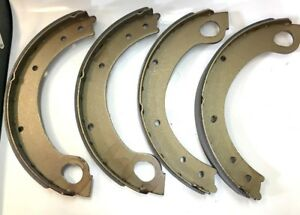 Ford 2000 3000 1965 11 1966 Tractor Brake Shoe Set Of 4 Shoes C5nn2218e