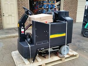 Nss Champ 3329 Ride on Automatic Scrubber 33 Under 500hr 60 Day Parts Warranty