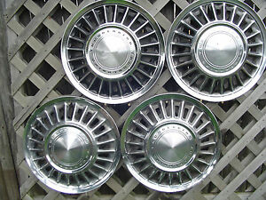 Vintage 1967 67 1968 68 Ford Thunderbird T Bird Hubcaps Wheel Covers Center Caps