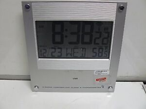 Vwr 47732 424 Radio Controlled Clock Thermometer