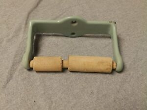 Antique Cast Iron Jadeite Porcelain Toilet Paper Holder Old Vtg Bathroom 250 16