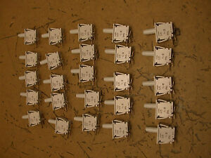 Lot Of 25 E6300a0 Cherry Switches 0 1amp 125vac Panel Mount 13 t 1