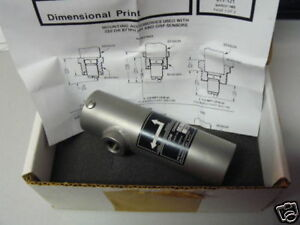 New Foxboro 51179 316 Stainless Steel Flow Chamber