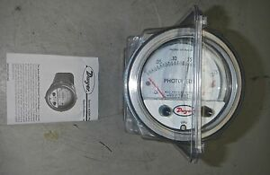 Dwyer Photohelic Pressure Switch Gage a3000 00