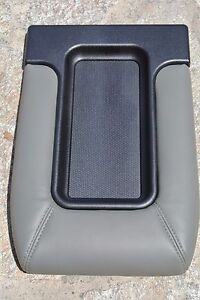 99 02 Silverado Sierra Light Grey Center Console Storage Top Lid Armrest Cover
