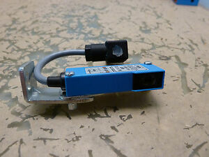Sick Wt9 p112 Photoelectric Sensor Switch 2 e 29 5