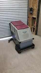 Minuteman 260 Walk Behind Battery Floor Scrubber 32 Inch W Charger