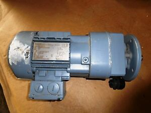 Sew Eurodrive Vector 37 Kw Motor Rpm 99 277 480 V With Gear Box New