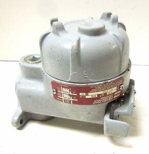 Crouse Hinds Ofc 2165 Manual Motor Starter Switch Explosion Proof 600vac 249c2
