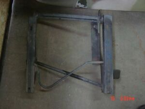 87 90 Jeep Wrangler Passengers Side Flipping Seat Bracket Riser Right Front