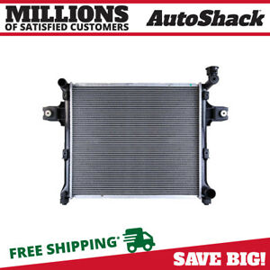 Radiator For 2005 2010 Jeep Grand Cherokee 2006 2010 Commander 3 7l 4 7l 6 1l V8