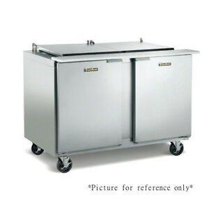 Traulsen Ust488 rr 48 Refrigerated Counter Hinged Right 8 Pan Capacity