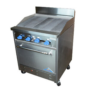 Comstock Castle F326 2 5rb 30 Gas Restaurant Range With Charbroiler